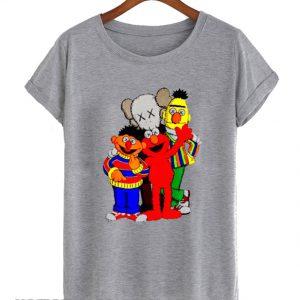 Uniqlo Kaws X Sesame Street Family smooth T-Shirt