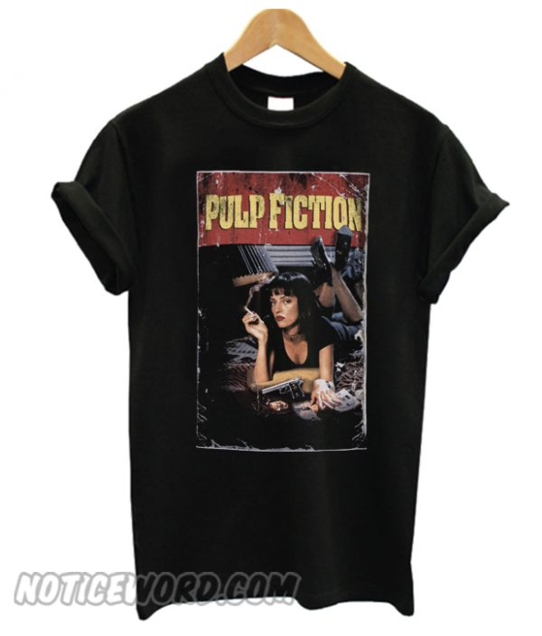 Pulp Fiction Official Gift Mia Wallace Vintage Poster Shot Mens smooth T-Shirt